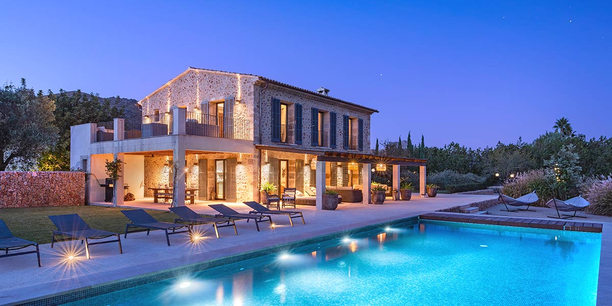 Outstanding country villa with holiday rental license between <strong>Pollensa and Puerto Pollensa</strong>
