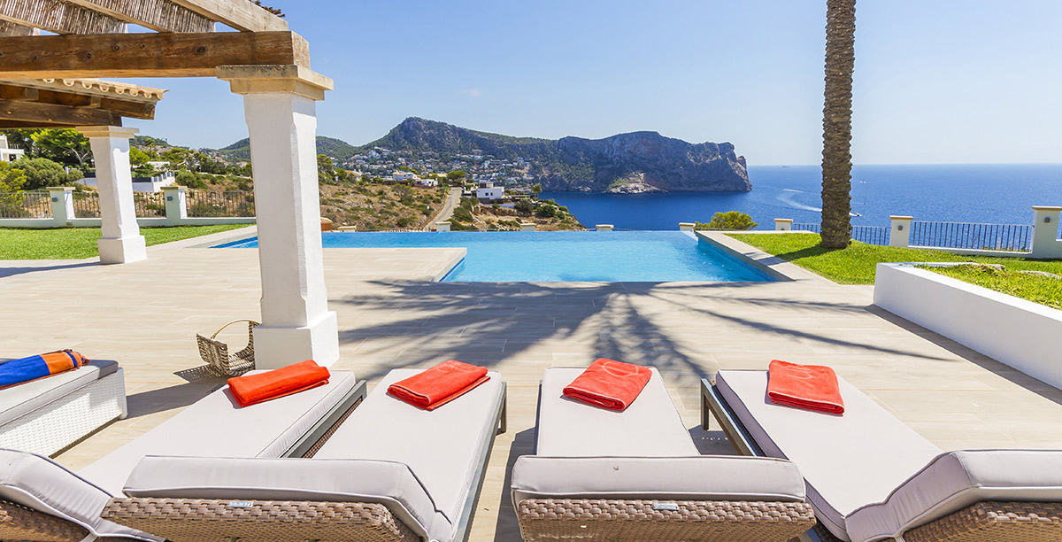 Why is Mallorca the best place to buy a holiday home?