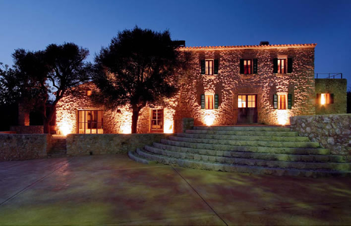 Boris Becker S Luxury Villa Could Prove A Bargain For One