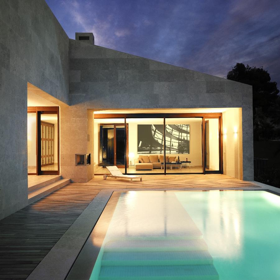 cap vermell eine luxusanlage mit avantgardistischer architektur property for sale in mallorca. Black Bedroom Furniture Sets. Home Design Ideas