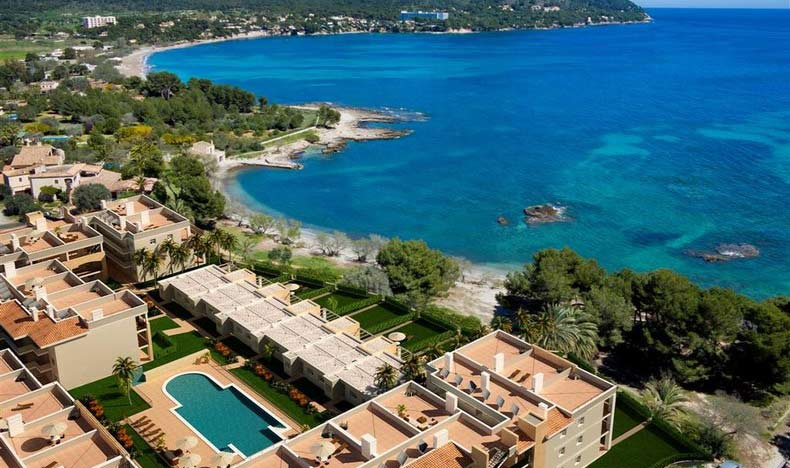 Beach apartments and penthouses for sale in Mallorca