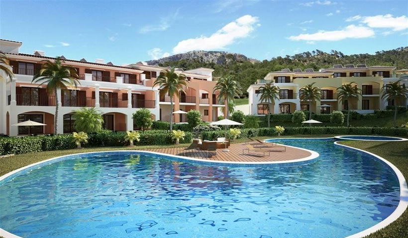 Houses for sale in private community, Camp de Mar