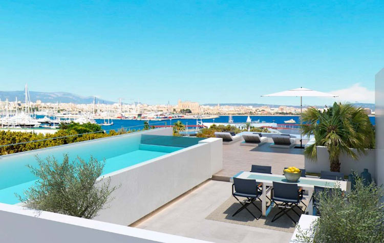 Luxury penthouse with private pool for sale in Palma
