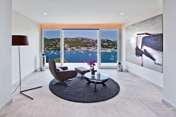 luxury-villa-for-sale-living-in-puerto-andratx
