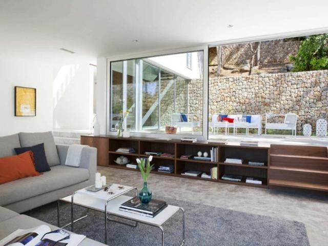 Modern Luxury Villa Rent