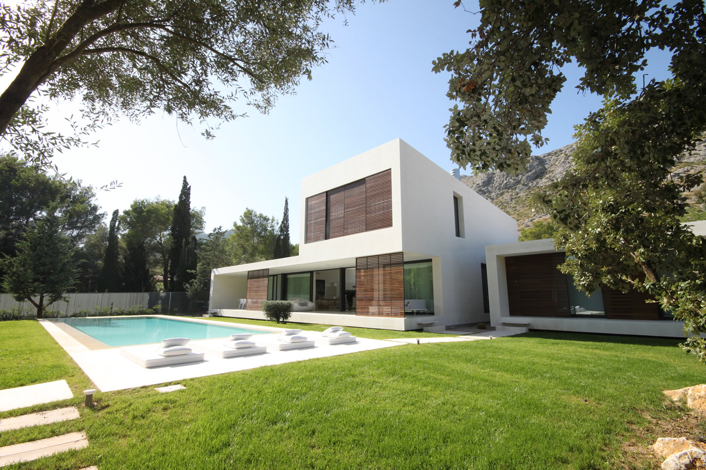 Mallorca villas trends tips and best advice when buying for Ville moderne immagini