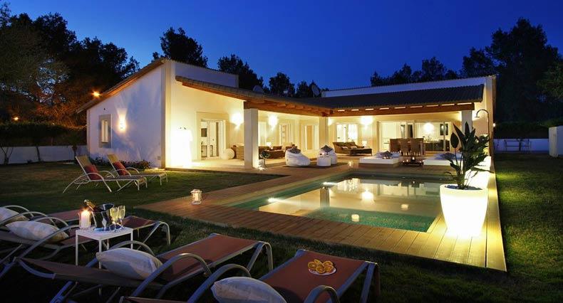 eine mallorca villa kaufen und geld durch vermietung verdienen property for sale in mallorca. Black Bedroom Furniture Sets. Home Design Ideas