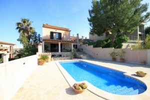 Property with private pool 1