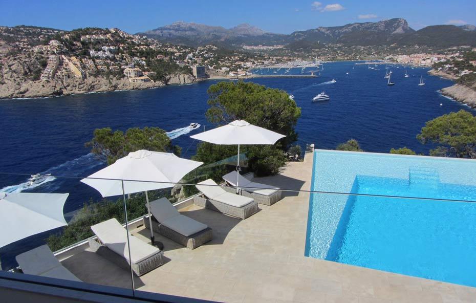 spektakul re villa am meer kaufen in puerto andratx. Black Bedroom Furniture Sets. Home Design Ideas