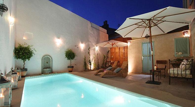 Townhouse pool Mallorca