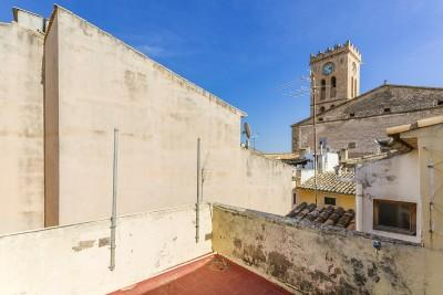 Traditional town house in central location for sale in Pollensa, Mallorca