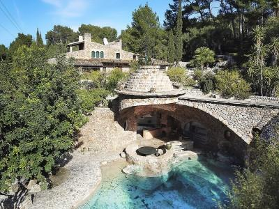 Traditional finca with guest house and huge plot for sale in Port Alcudia, Mallorca