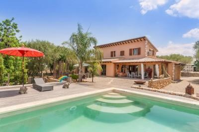 Rustic country house for sale near Llubi, Mallorca
