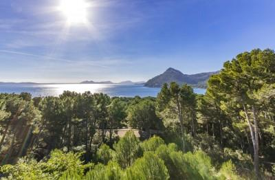 Plot with construction for sale in Formentor, Mallorca
