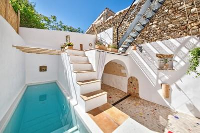 Completely reformed town house with pool for sale in Sencelles, Mallorca