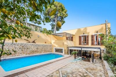 Town house with pool for sale in Selva, Mallorca