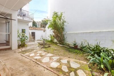 Apartment with a private garden to reform for sale in Puerto Pollensa, Mallorca