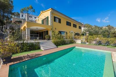 Elevated villa with panoramic views for sale in Sa Font Seca, near Palma, Mallorca