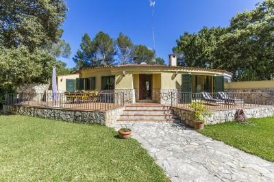 Charming house for sale in a quiet area of Pollensa, Mallorca