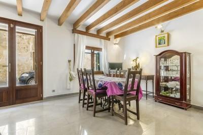 Reformed town house for sale in the centre of Pollensa, Mallorca