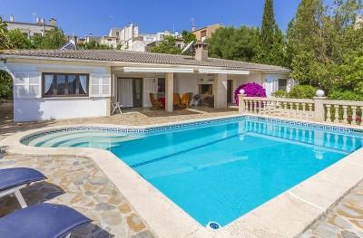 Fabulous villa with pool for sale in Campanet, Mallorca
