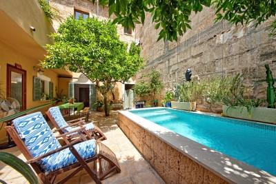 Charming town house for sale in the heart of Pollensa, Mallorca