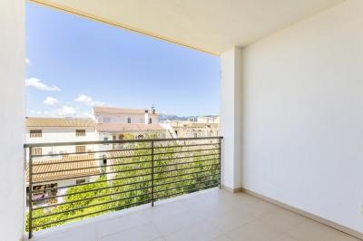 Two bedroom apartment close to amenities for sale in Sa Pobla, Mallorca