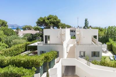 Superbly presented, stylish semi-detached villas close to the beach in Playa de Muro for sale, Mallorca
