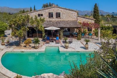 Charming large country home with beautiful gardens for sale in Pollensa