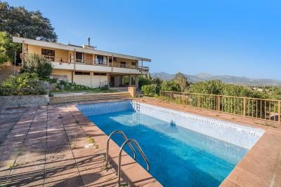 Bespoke Mallorcan country property for sale near Inca, Mallorca