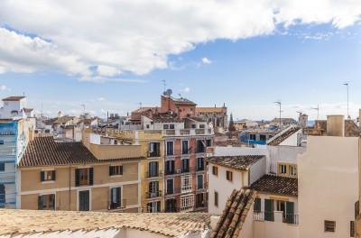 Penthouse for sale in Plaza Mayor of Palma, Mallorca