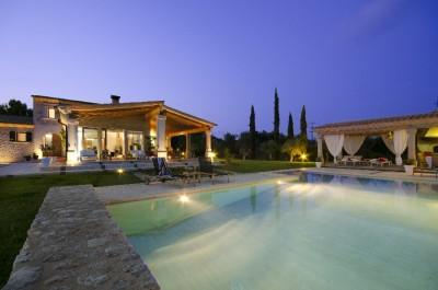 Country home in Mallorca: beatiful country home close to the golf course of Pollença