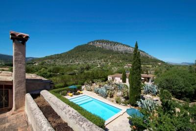 Mallorca Villas: Charming Historical Retreat situated in a beautiful Valley, nestled in the Pollensa countryside.