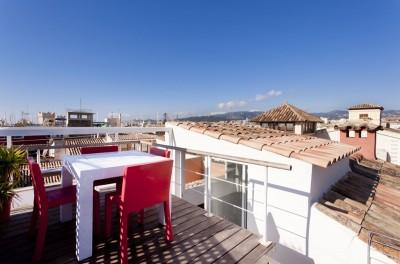 Apartment  with exclusive views over the Old town, the cathedral and part of Palma Bay