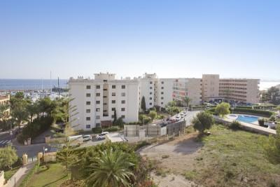 Renovated apartment for sale in Puerto Portals, Mallorca