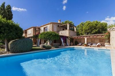 Villa for sale in Camp de Mar, Mallorca