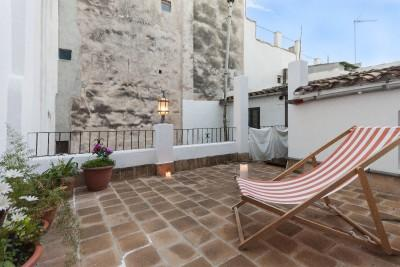 Penthouse for sale with private terrace in the old town of Palma