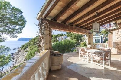 Villa with direct access to the sea for sale in Costa de la Calma, Mallorca