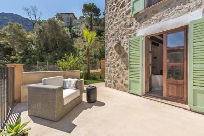 Modern terraced house for sale with authentic flair in Deiá, Mallorca
