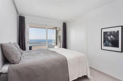 Double bedroom with sea views