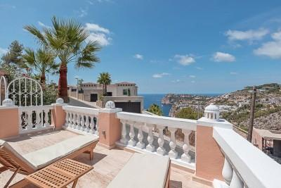 Renovated apartment for sale in Cala Llamp-Puerto Andratx, Mallorca