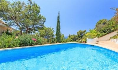 Villa with sea view and community pool for sale in Puerto Andratx, Mallorca