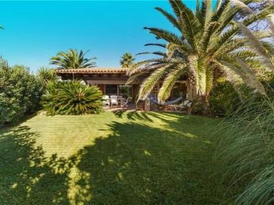 3 bedroom house with communal pool for sale in Santa Ponsa, Mallorca