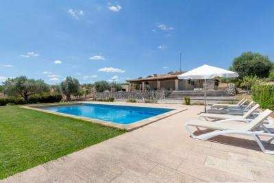 Country home with holiday license for sale in Moscari, Mallorca