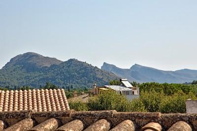 Townhouse investment opportunity for sale in Pollensa, Mallorca