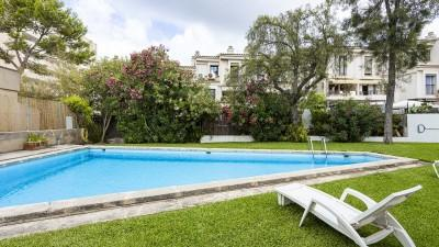 Garden apartment with large terrace for sale in Portals Nous, Mallorca