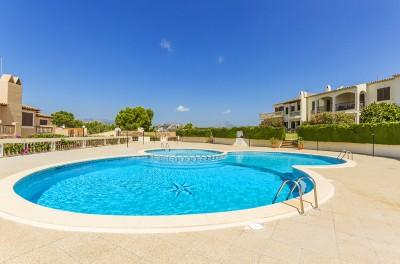Immaculate apartment with community pools for sale in Santa Ponsa, Mallorca