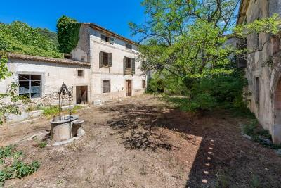 Traditional farmhouse on a huge scale for sale in Alaro, Mallorca
