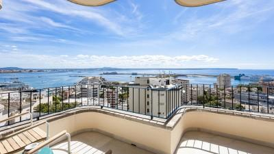 Sea view penthouse apartment for sale in Bonanova, Mallorca