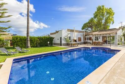 Beautiful villa for sale just a few minutes away from Puerto Pollensa, Mallorca